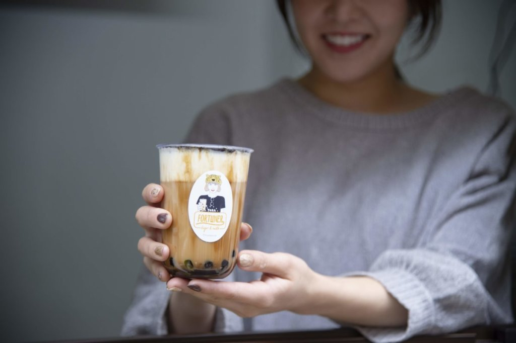 黒糖チーズミルクティー専門店「FORTUNER tiger&milk 表参道店」